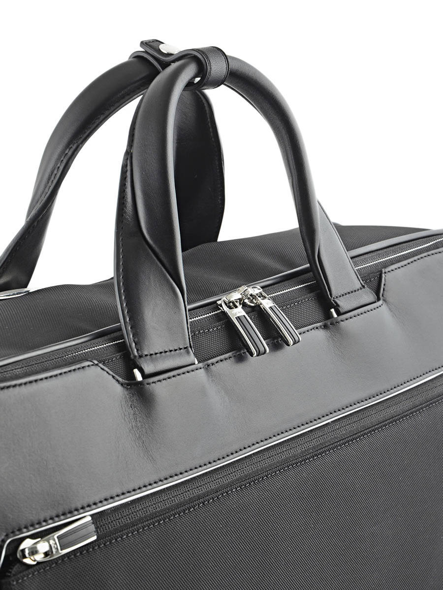 Tumi Hanger Barkley On 2 Garment Bag Black Arrive 255070 Other View