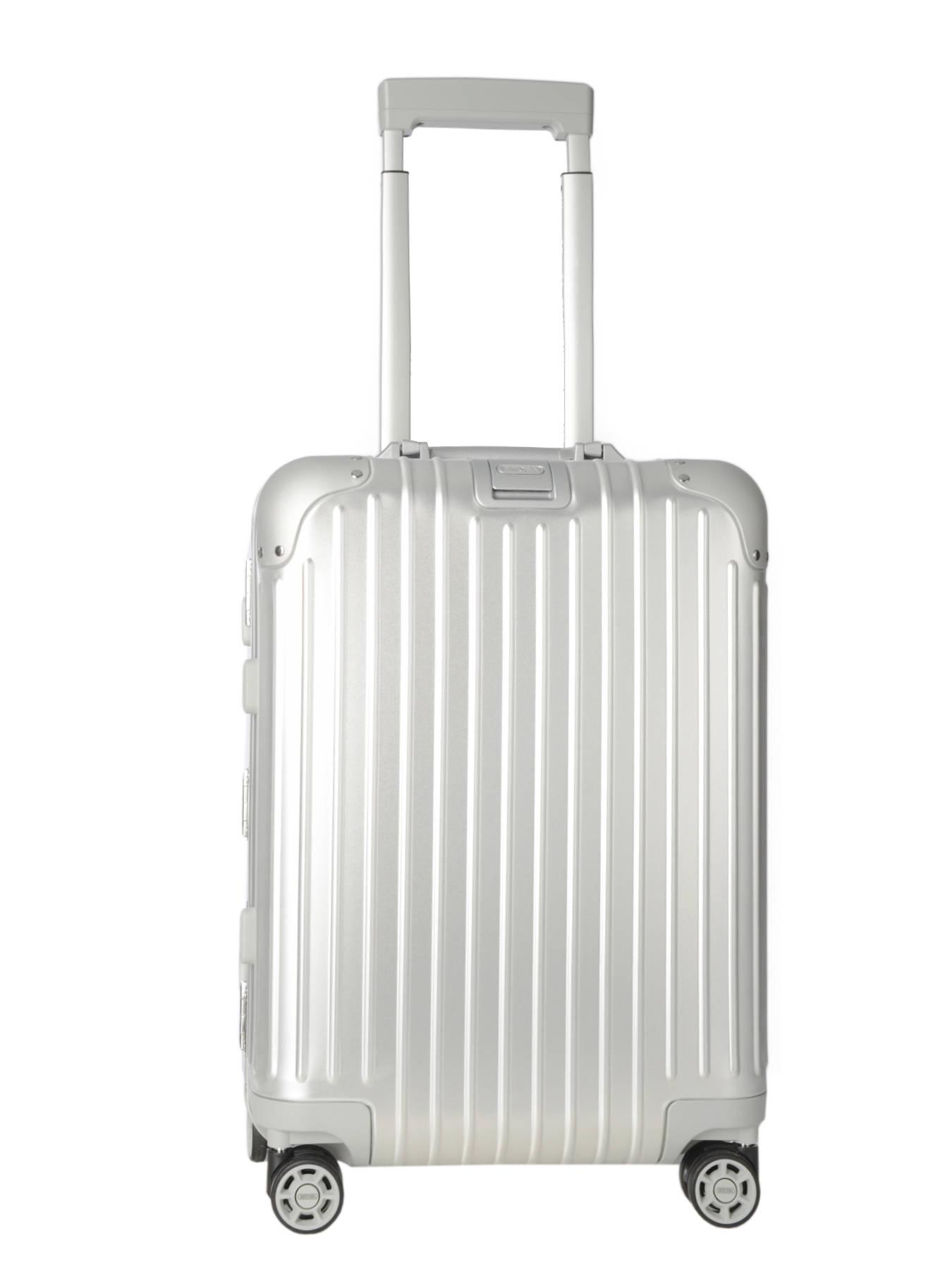 Tumi vs Rimowa Luggage [Detailed Suitcase Comparison ...
