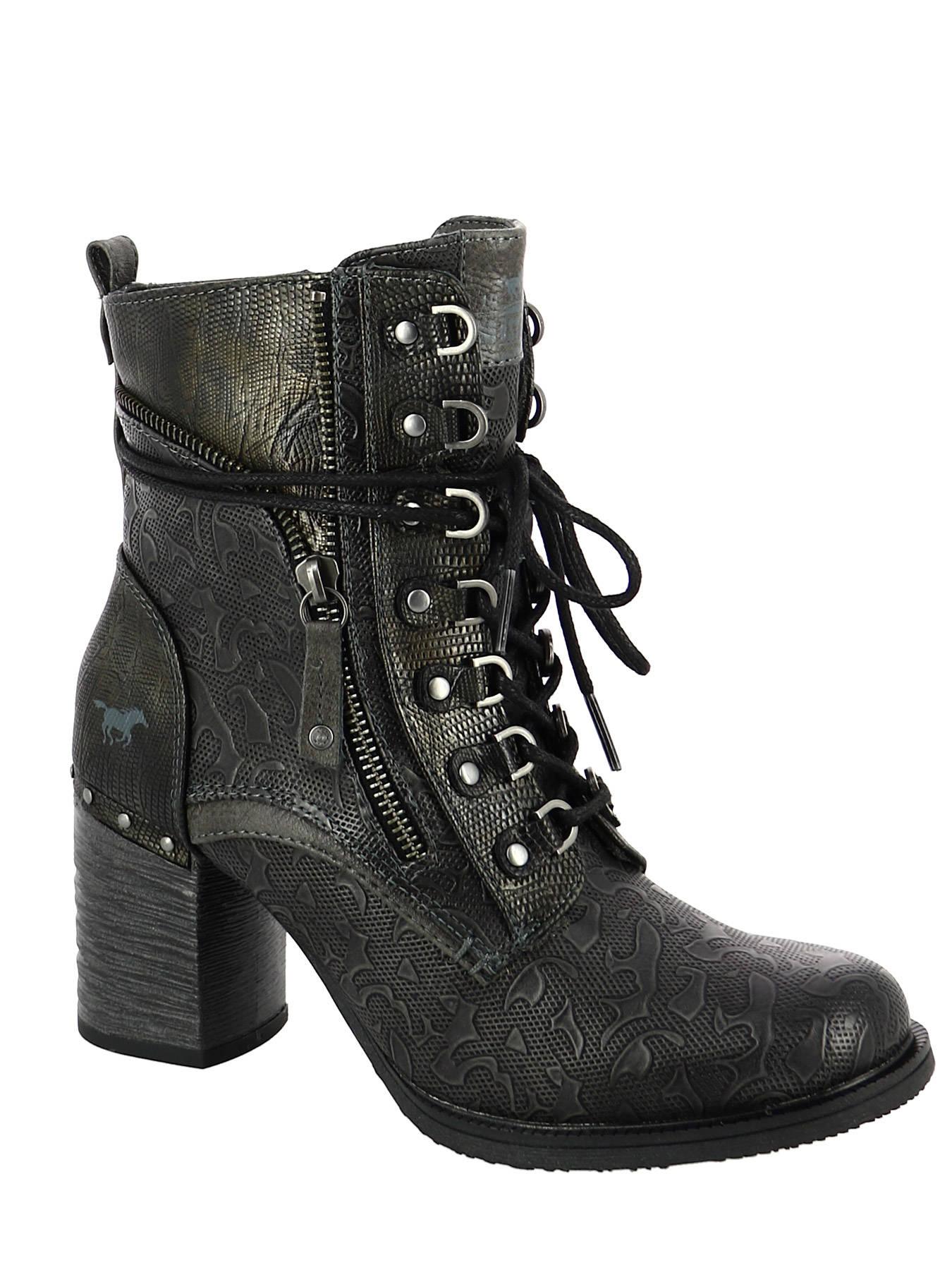 meilleur service 015d0 7113d Boots MUSTANG