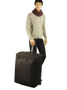 Softside Luggage Werks Traveler Victorinox Black werks traveler 313003-vue-porte