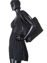 Messenger Bag Burkely Black antique avery 698856-vue-porte