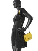Shoulder Bag Velvet Milano Yellow velvet VE17111-vue-porte