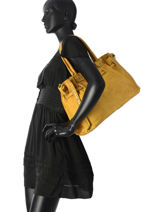 Shoulder Bag Dewashed Leather Milano Yellow dewashed DE17115-vue-porte