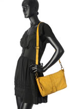 Shoulder Bag Dewashed Leather Milano Yellow dewashed DE17112-vue-porte