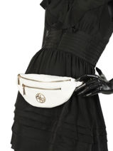 Fanny Pack Guess White detail VC730380-vue-porte