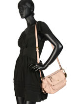Shoulder Bag Emblematique Lulu castagnette Pink emblematique KELLY-vue-porte
