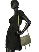 Sac Bandoulière Vintage Cuir Mila louise Vert vintage 3017S-vue-porte