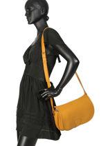 Crossbody Bag Vintage Leather Paul marius Yellow vintage VAGABOND-vue-porte