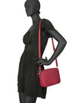 Sac Bandoulière Daily Classic Lacoste Rouge daily classic NF2771DC-vue-porte