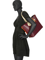 Large Leather Izy Tote Bag Lancel Red izy A10240-vue-porte