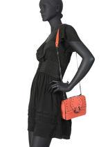 Sac Bandoulière S Velvet Cuir Milano Orange velvet VR17111-vue-porte