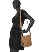 Leather Crossbody Bag Caviar Crinkles Brown 80053-vue-porte