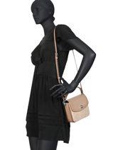 Leather Crossbody Bag Logo Cassie Coach Beige cassie 89089-vue-porte