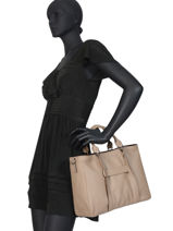 Longchamp Longchamp 3d Handbag Beige-vue-porte
