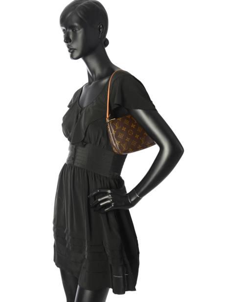 Mini-sac D'occasion Louis Vuitton Pouch Monogrammé Brand connection Marron louis vuitton 004 vue secondaire 3